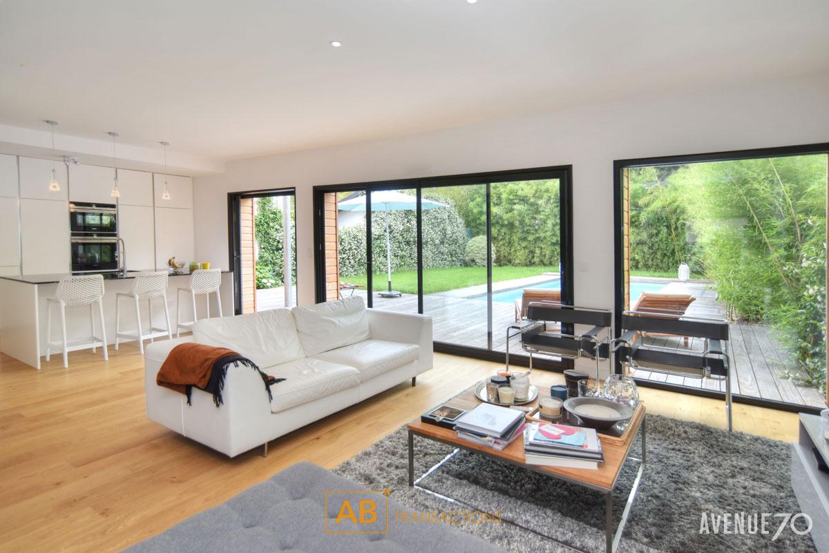 Vente vente maison d 39 architecte bordeaux 33200 avec for Appartement bordeaux avec piscine